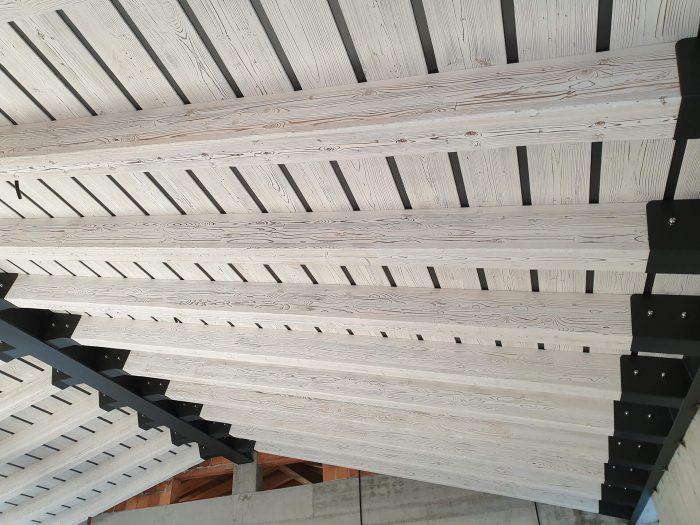 finiture decorative in legno