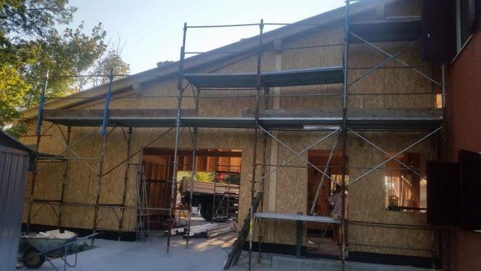 casa legno in costruzione