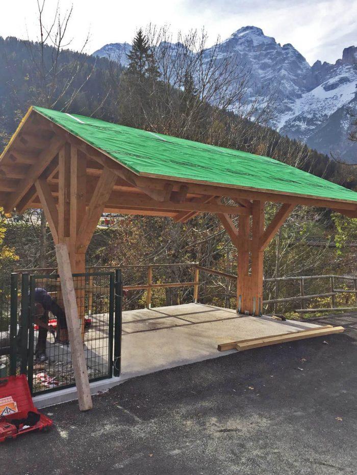 Pre-assembled roof